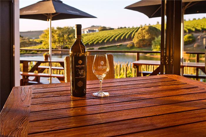 南非葡萄酒之品乐集的别样色彩