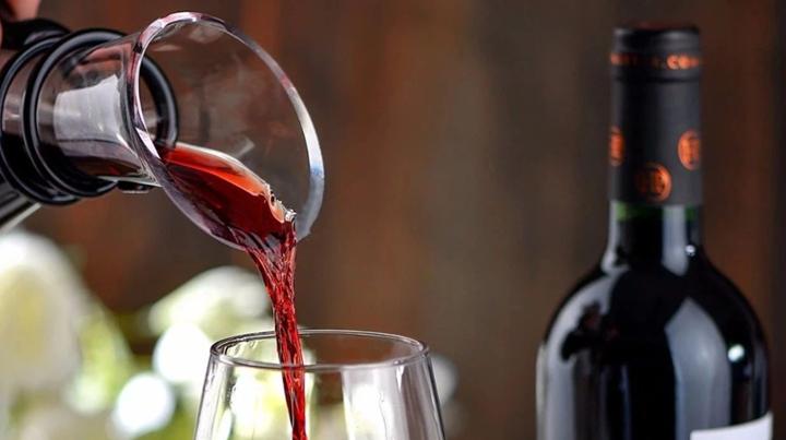 红酒怎么喝?这4种错误喝法一定要避免