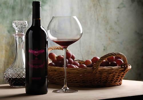 如何储存红酒?有哪些储存条件要注意