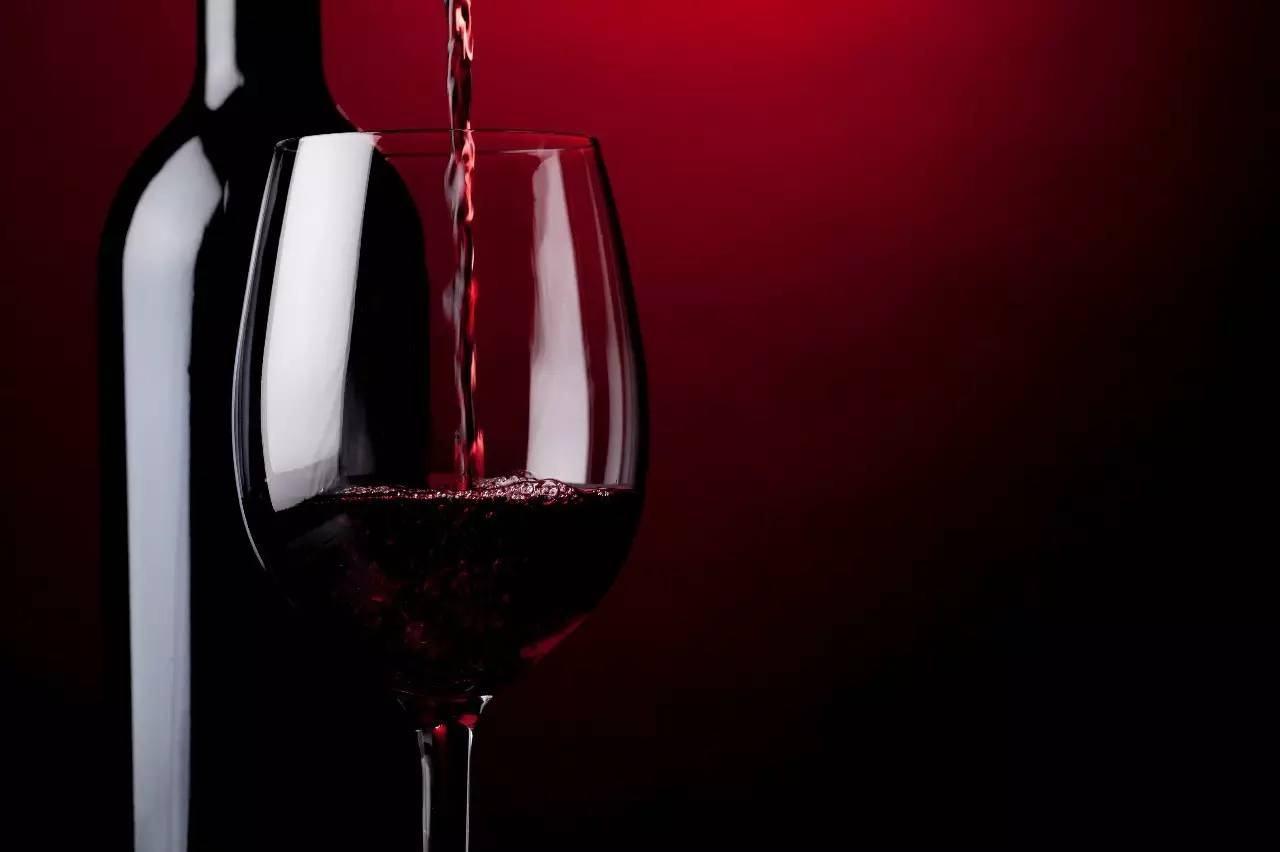 红酒品鉴词汇有哪些?如何评价一款葡萄酒?