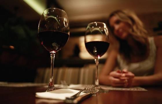 送红酒是什么意思?送红酒有什么讲究?