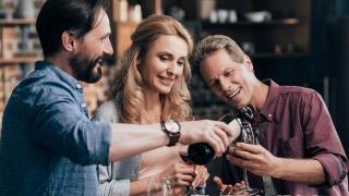 红酒怎么喝美容?女人一次可以喝多少红酒?
