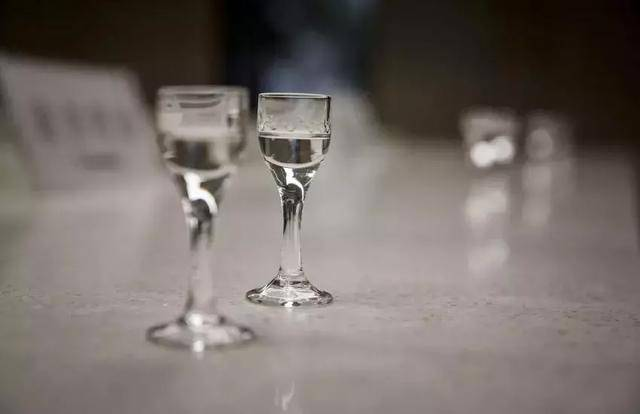 白酒选购指南|,酒标隐含的秘密