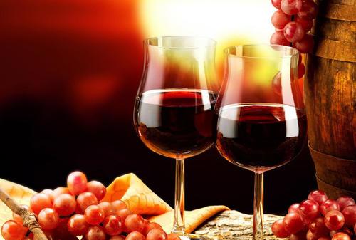 喝红酒伤肝吗?怎么喝红酒才有利于健康?