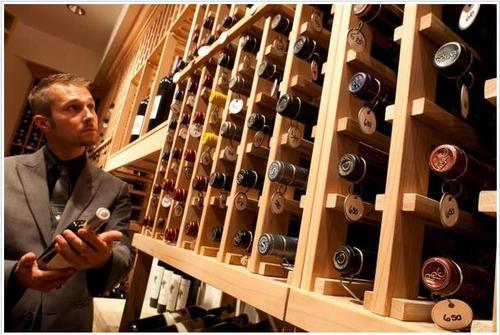 口感比较好的红酒有哪些?购买红酒有什么注意事项?