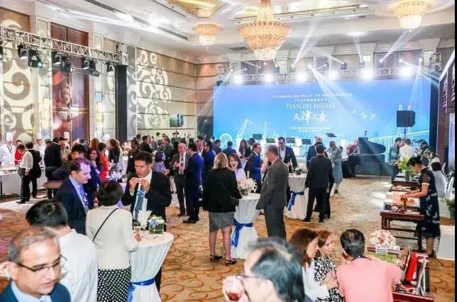 王朝葡萄酒亮相2019夏季达沃斯晚宴 连续八年成为指定用酒