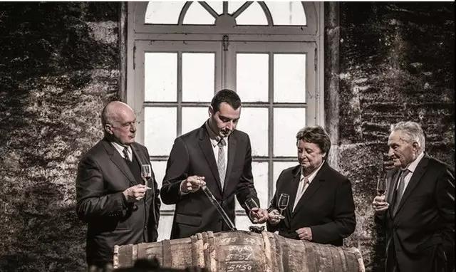 细数人头马酒庄的历代酿酒大师们