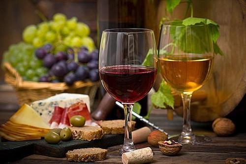 红酒配什么容易醉