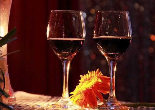红酒适合什么场合