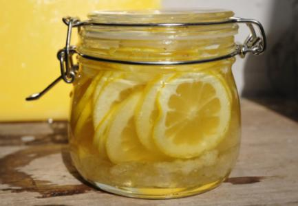 柠檬泡酒有什么功效