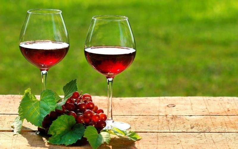 干红葡萄酒过保质期能喝吗