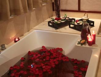 在家里怎么做红酒浴