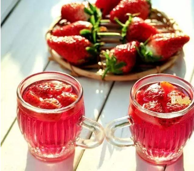 草莓酒怎么酿