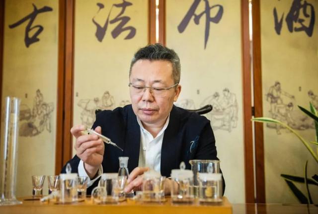 泸州市酒类行业协会会长沈才洪:四川酿酒工业策驽砺钝,陆续复工