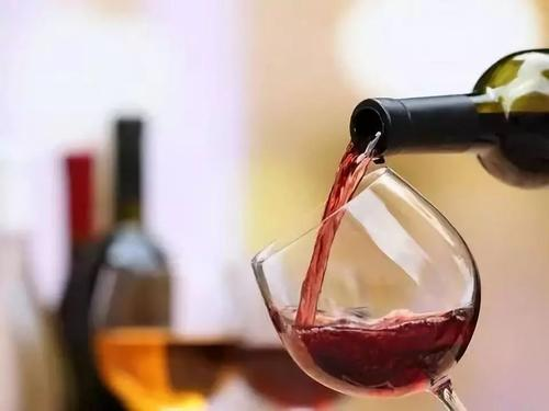 张裕干红葡萄酒过期了还能喝吗