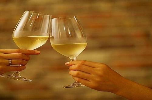 白葡萄酒怎么喝最好