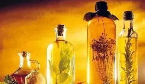 五味子可以用黄酒泡吗?黄酒和白酒哪个泡药酒更好?