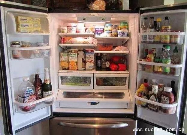 白酒放冰箱有什么用?白酒放冰箱可以除味。
