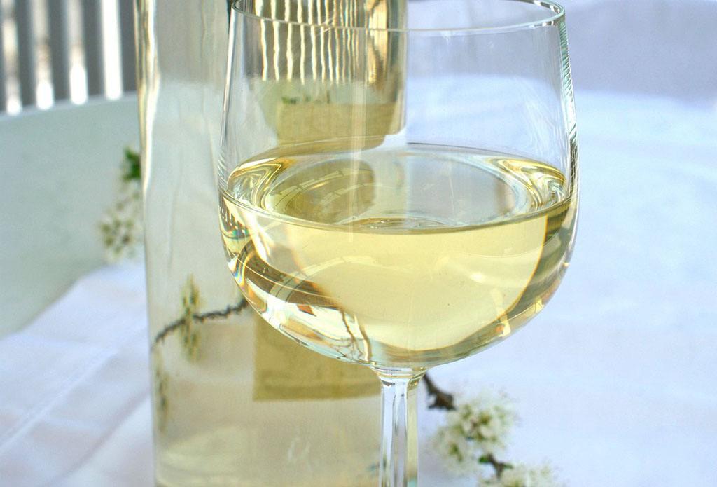 干白葡萄酒怎么喝好喝