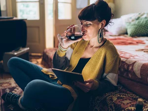 国际葡萄酒与烈酒研究所:全球酒类市场复苏期或持续5年