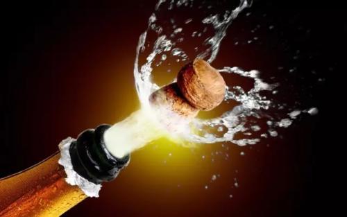 干白葡萄酒有什么功效?白葡萄酒如何配餐?