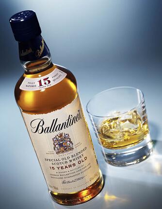百龄坛苏格兰威士忌得喝法