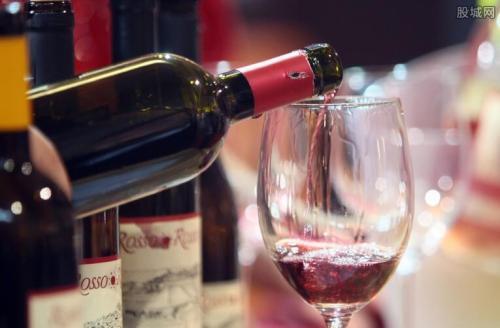 国产葡萄酒逆袭有望?
