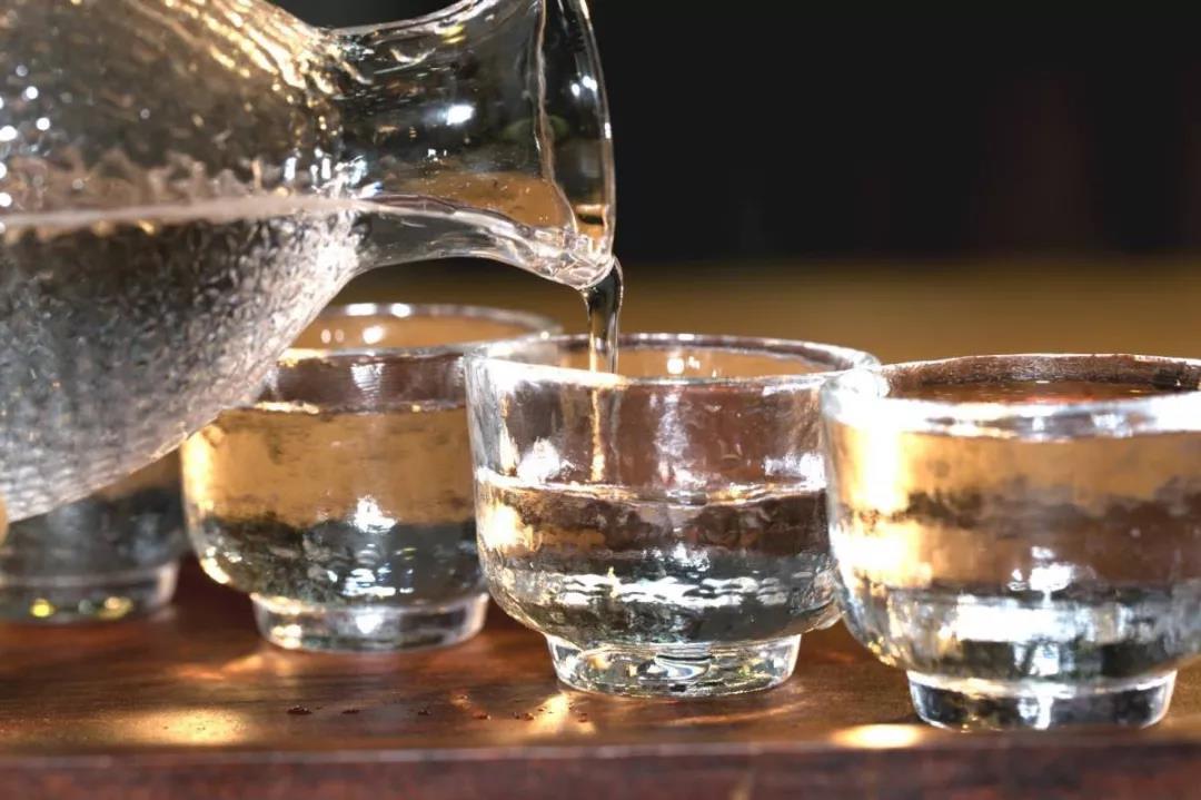 酱香白酒的正确品鉴方法
