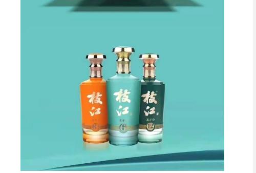"""枝江酒业大动作:300块高速路牌一夜之间""""抢眼""""湖北!"""