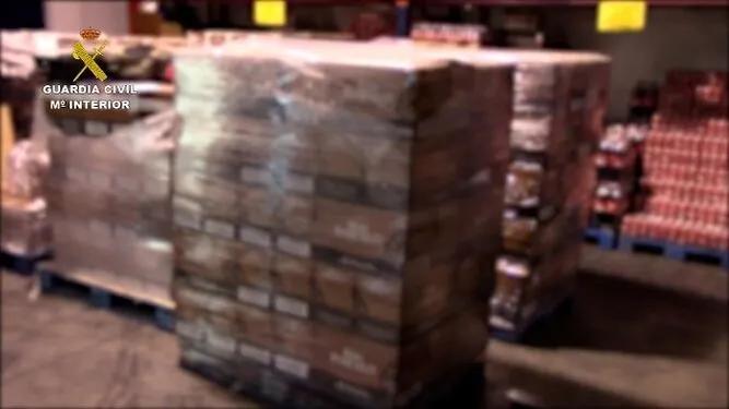 西班牙警方查获225000瓶假朗姆酒!