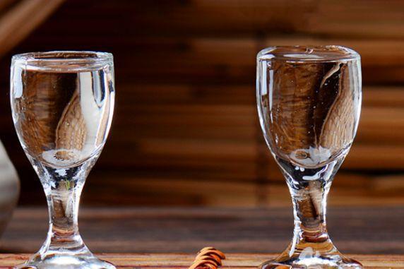 什么东西可以泡白酒呢
