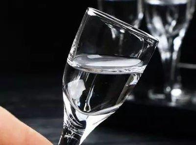 喝白酒对什么好