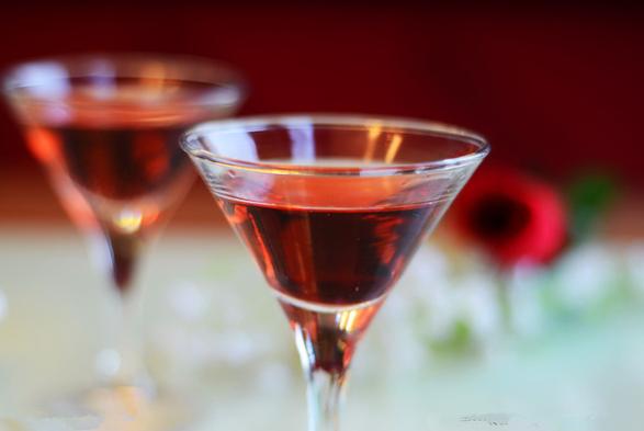喝红酒对身体有什么改善作用