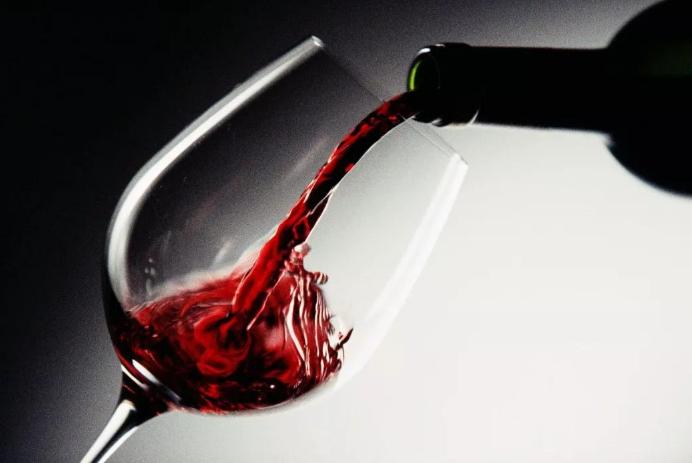 红酒到底是不是葡萄酒呢