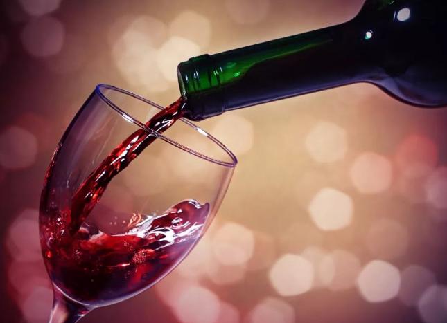如何鉴别是不是色素葡萄酒
