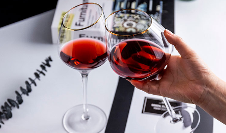 红葡萄酒的酿造流程以及品种