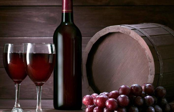 葡萄酒的养生与保健功效简单介绍