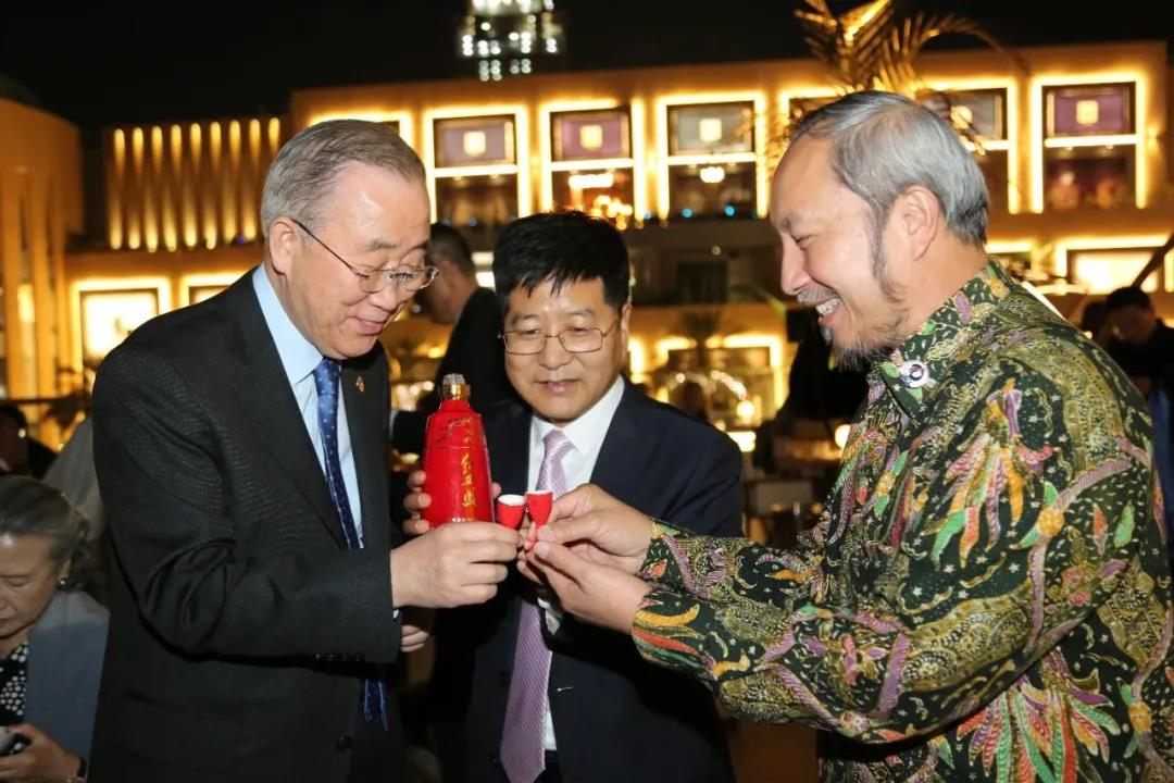 西凤酒系列产品成功出口日本