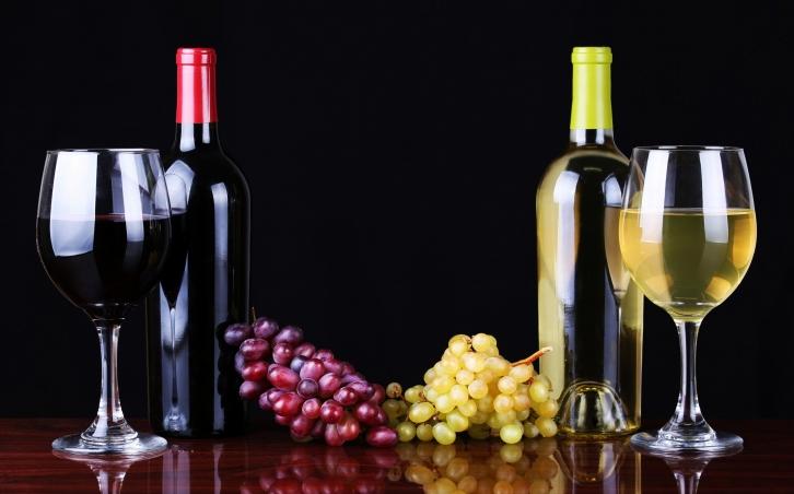 饮用葡萄酒的技巧以及步骤