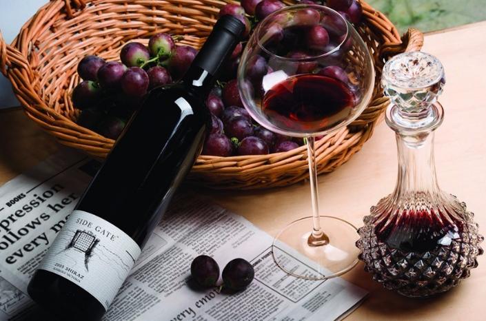 葡萄酒储存得越久越好是不是?怎么保存?