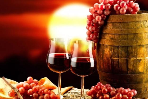 喝葡萄酒的功效,远远不止这些?