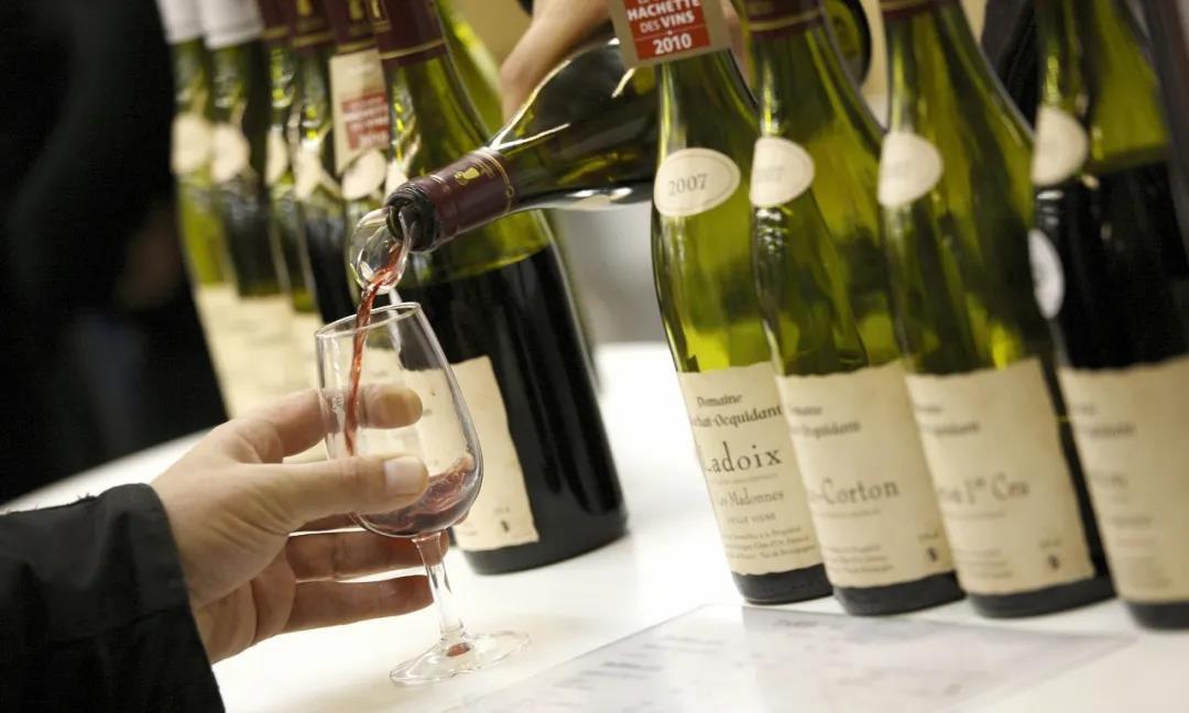 葡萄酒市速览 精品葡萄酒酒精含量30年持续上升;1-5月中国进口大麦465万吨...