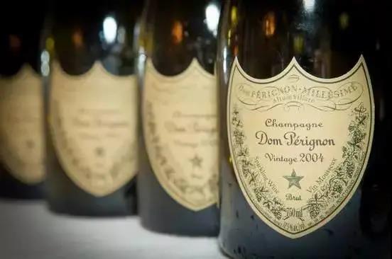 法国香槟上演滞销、减产到同比增长197.6%的大逆转!