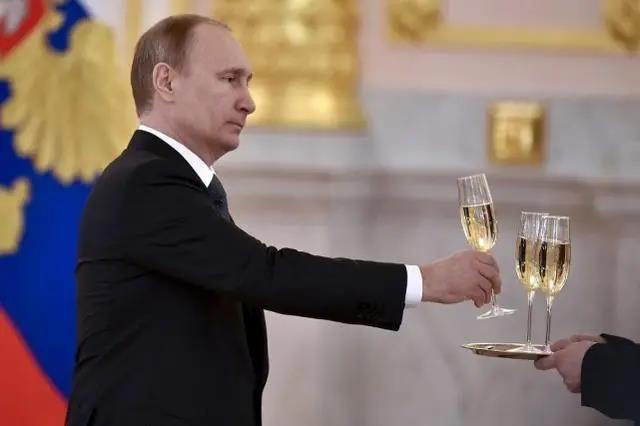 """俄罗斯总统普京签署法令,""""香槟""""竟成俄国专属"""