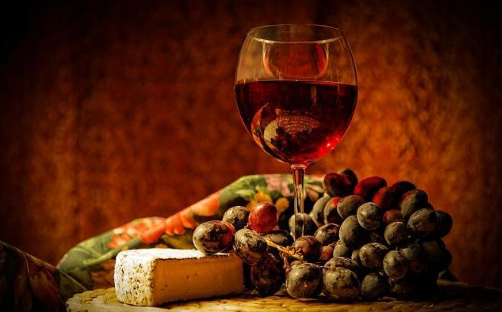 喝葡萄酒的好处,有什么营养作用