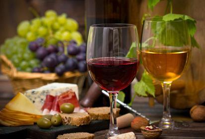 喝葡萄酒的作用,葡萄酒的营养成分