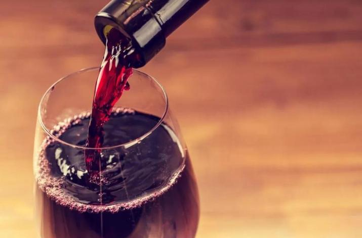 桃红葡萄酒怎么酿造,是什么方法?