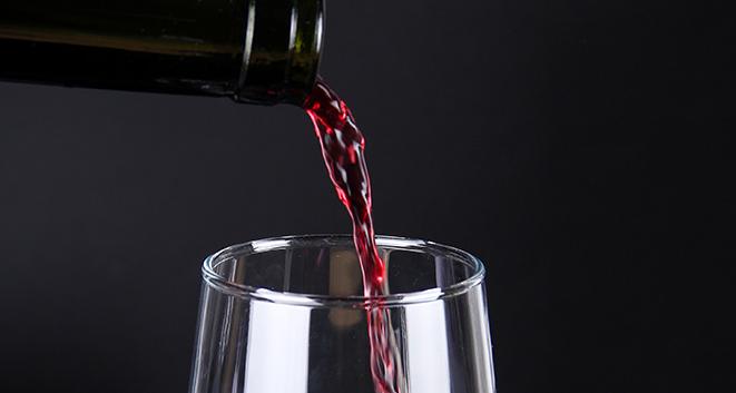 干红葡萄酒功效,对身体什么好处?