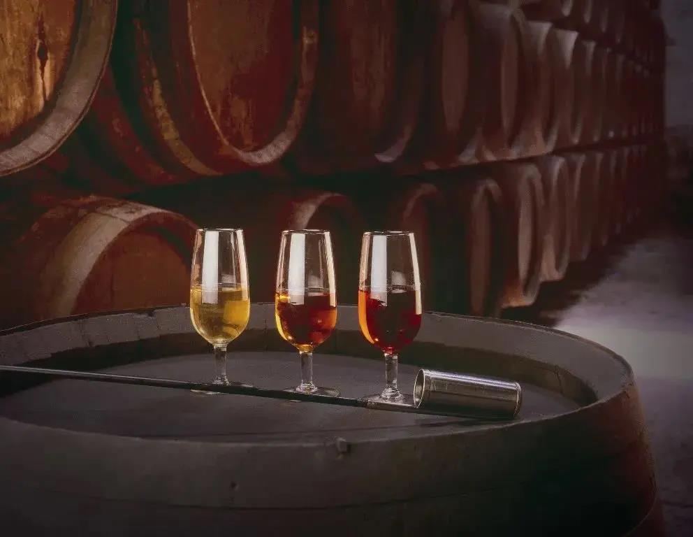 不同酒精度含量的葡萄酒应该怎么喝?